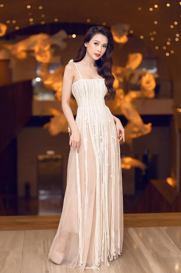 Mặc chung một mẫu đầm, Jolie Nguyễn và Sam đều phải viện đến chiêu đặc biệt trong khi Đỗ Mỹ Linh không cần - Ảnh 5.