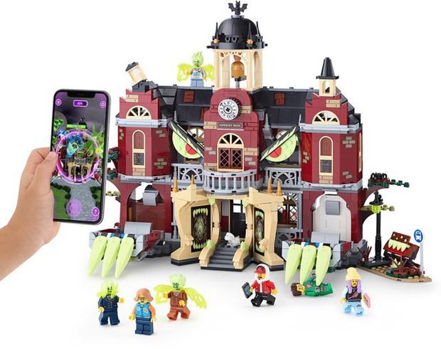 Apple trình làng LEGO AR đầu tiên trên thế giới: đồ chơi thật mà ảo, giá từ 700.000 đồng - Ảnh 1.