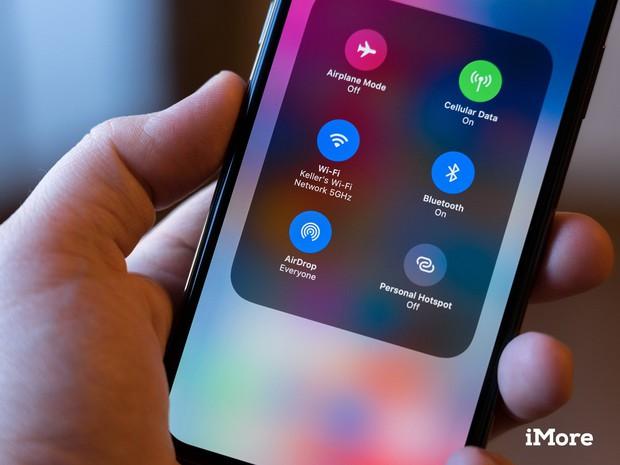 Người dùng iPhone hãy cẩn thận: Dùng AirDrop có thể khiến hacker lấy trộm được thông tin cá nhân của bạn! - Ảnh 2.