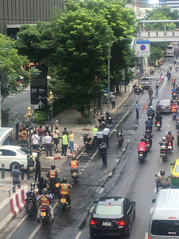 Thủ đô Bangkok của Thái Lan rung chuyển bởi hàng loạt vụ nổ - Ảnh 2.
