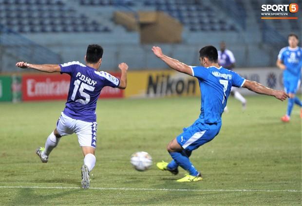 Hoàng tử Ả-rập Đức Huy trở lại mạnh mẽ sau chấn thương, cùng Hà Nội FC viết tiếp lịch sử ở AFC Cup - Ảnh 4.