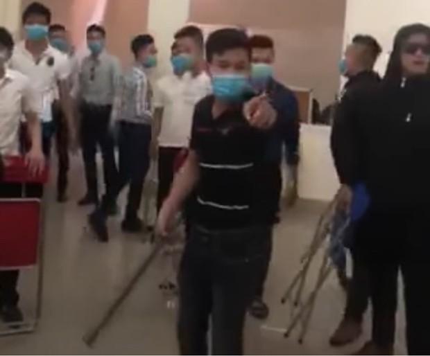 25 thanh niên ở Đà Nẵng hỗn chiến vì mâu thuẫn liên quan đến tiền ảo Daycoin - Ảnh 1.