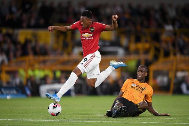 Pogba sút hỏng phạt đền, MU bỏ lỡ cơ hội chiếm ngôi đầu Ngoại hạng Anh của Liverpool - Ảnh 4.