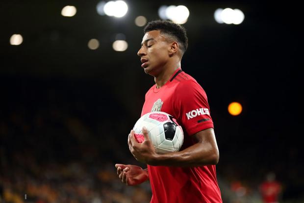 Pogba sút hỏng phạt đền, MU bỏ lỡ cơ hội chiếm ngôi đầu Ngoại hạng Anh của Liverpool - Ảnh 3.