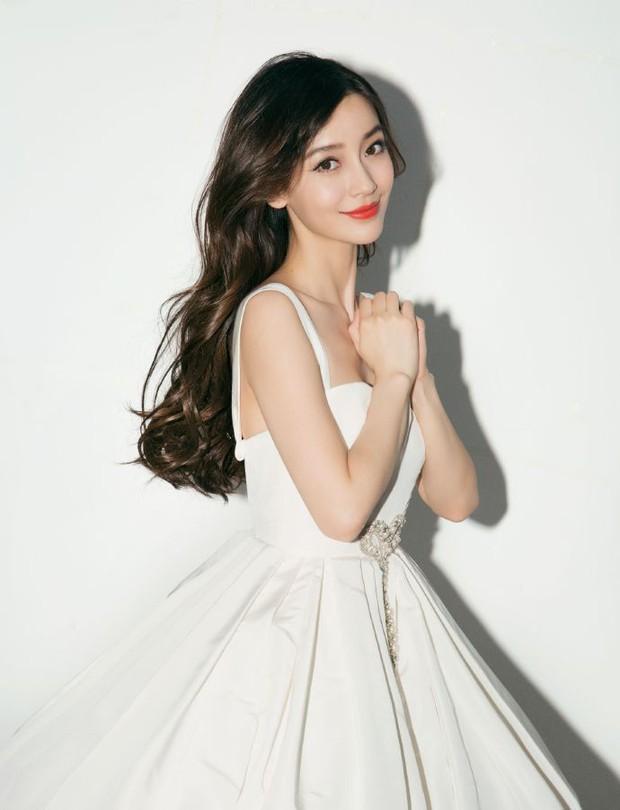 Forbes công bố 100 nghệ sĩ Cbiz nổi tiếng nhất: Dương Mịch - Angela Baby chịu thua Ảnh hậu 9X, sao nam áp đảo loạt nữ thần - Ảnh 13.