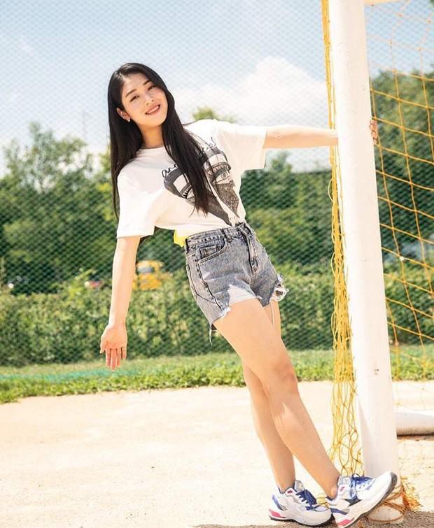 Nữ idol 60kg thành hiện tượng vì body và nhan sắc gây chú ý, phản ứng của thánh khẩu nghiệp Knet còn bất ngờ hơn - Ảnh 5.