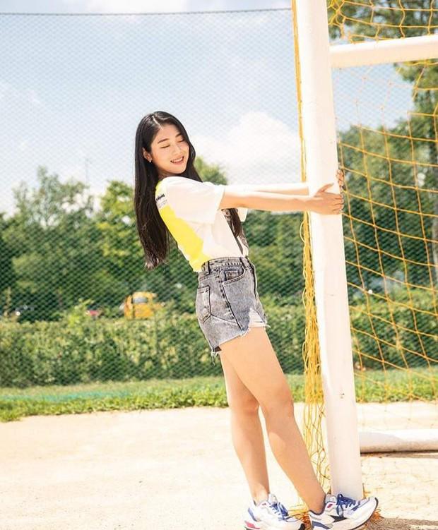 Nữ idol 60kg thành hiện tượng vì body và nhan sắc gây chú ý, phản ứng của thánh khẩu nghiệp Knet còn bất ngờ hơn - Ảnh 6.