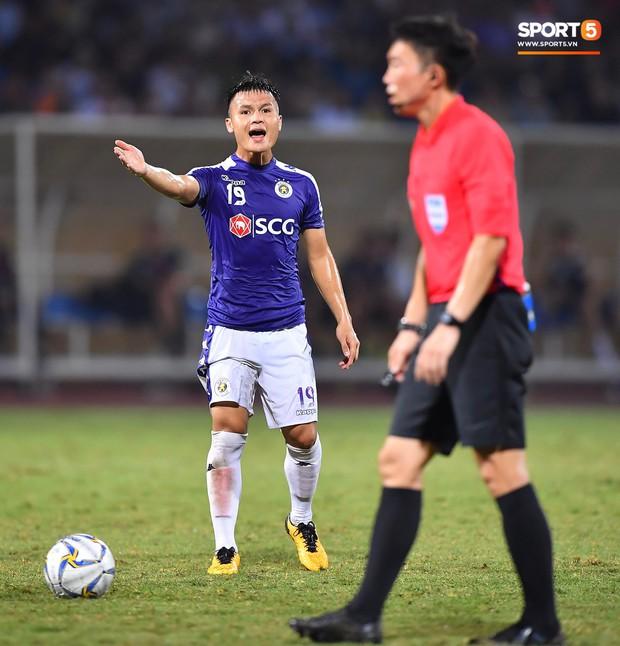 Quang Hải lên thần, ghi liên tiếp hai bàn đẹp mắt ở Cúp châu Á cho Hà Nội FC - Ảnh 3.