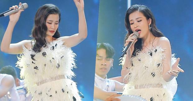 """Cắt ngắn váy cũ để mặc lại, Đông Nhi khiến các fan rôm rả: """"Chị bận tiết kiệm tiền để mua váy cưới đúng không"""" - Ảnh 6."""