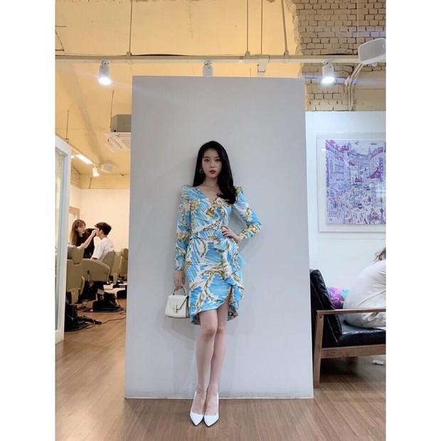 Park Min Young đụng váy hàng hiệu với IU: Nhờ thân hình đầy đặn mà thư ký Kim thắng đậm cô em về độ gợi cảm - Ảnh 5.