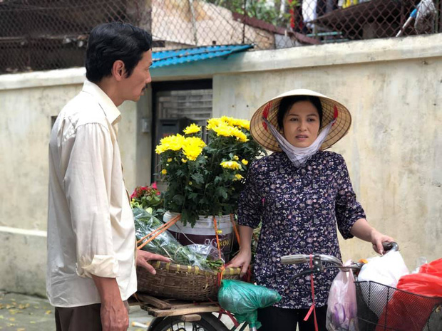 Cô Hạnh bán hoa Về nhà đi con được khen hết lời vì ngoại hình lột xác, nhan sắc đáng ngưỡng mộ ở tuổi 41 - Ảnh 6.