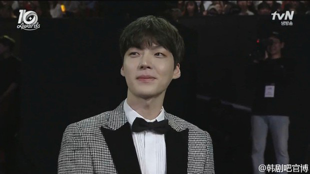 Hành trình từ gã si tình đến thánh cosplay cuồng vợ Ahn Jae Hyun: Ánh mắt mật ngọt hóa chê bai thô tục tựa khi nào! - Ảnh 7.