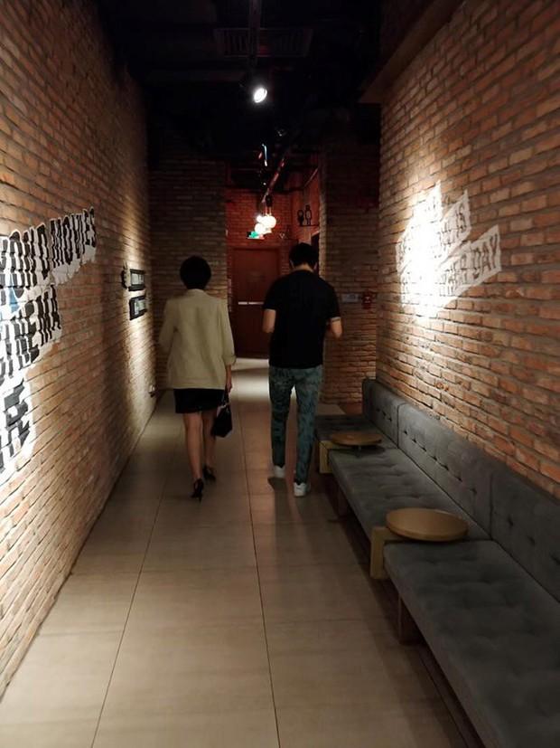 Tim lộ ảnh đi xem phim với tình cũ Karik sau ly hôn với Trương Quỳnh Anh - Ảnh 1.