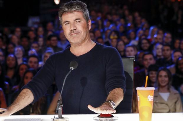 Học vấn dàn sao US-UK: Katy Perry, Rihanna, Simon Cowell... bỏ học từ năm 15, 16 tuổi vẫn trở thành tỷ phú với gia tài hàng trăm triệu USD - Ảnh 1.