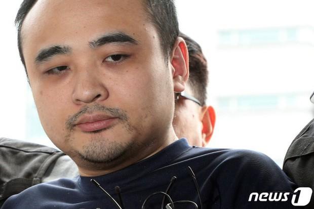 Công khai danh tính kẻ giết người phân xác rúng động Hàn Quốc, hé lộ bài đăng và dòng bình luận đáng sợ của tên này trong quá khứ - Ảnh 2.