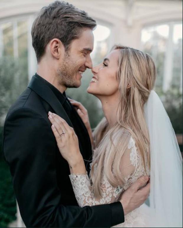 Ông hoàng Youtube PewDiePie chuẩn bị cán mốc 100 triệu lượt theo dõi, bất ngờ công bố đã kết hôn - Ảnh 3.