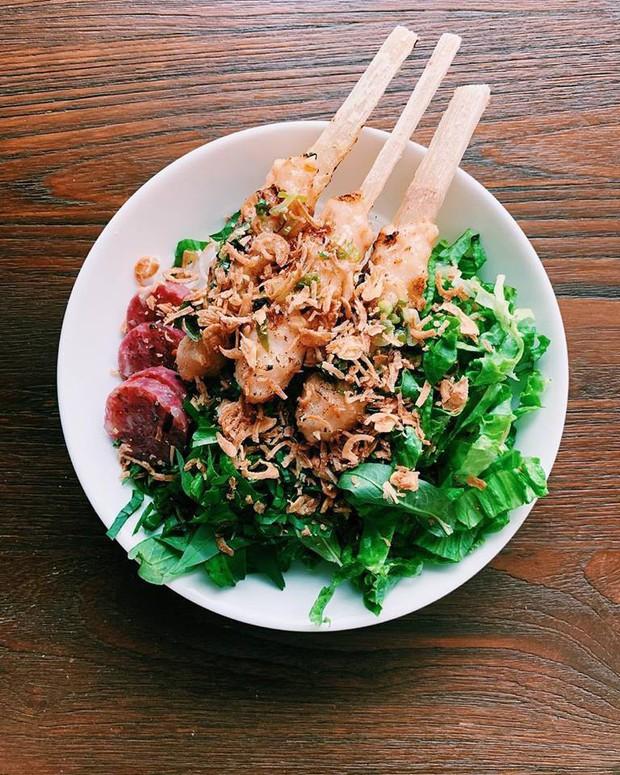 """Nhà hàng Việt ở Mỹ của """"Vua đầu bếp"""" khiếm thị Christine Hà mới khai trương 1 tháng đã bị khách chê đồ ăn thực tế và trên quảng cáo không giống nhau, thực hư thế nào? - Ảnh 3."""