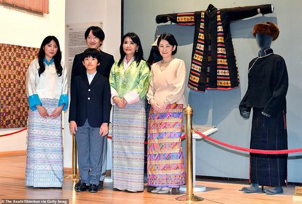 Chân dung thần tiên tỷ tỷ của Hoàng gia Bhutan, nàng công chúa tài sắc vẹn toàn, làm điên đảo cộng đồng mạng trong suốt thời gian qua - Ảnh 5.