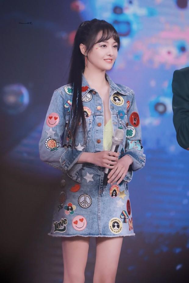 Chưa bao giờ thấy Trịnh Sảng lột xác đến nhường này: Xinh ngút ngàn, bị stylist dìm tơi tả vẫn đẹp xuất sắc - Ảnh 10.