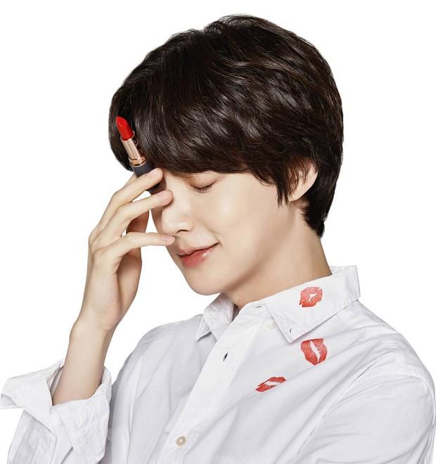 Giữa scandal ly hôn với Goo Hye Sun, Ahn Jae Hyun bị hãng mỹ phẩm hủy hợp đồng và xóa toàn bộ hình ảnh - Ảnh 2.