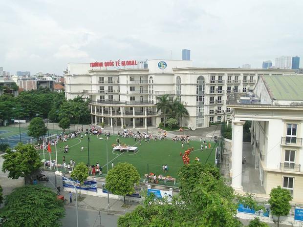 """Một trường Quốc tế """"tự phong"""" ở Hà Nội gây bức xúc khi bắt học sinh ở nhà nếu chưa đóng đủ tiền học phí - Ảnh 2."""