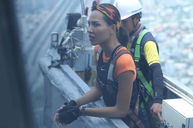 Cuộc đua kỳ thú: Minh Triệu, Lệ Hằng ôm mặt trên tòa nhà cao nhất Đông Nam Á - Ảnh 5.
