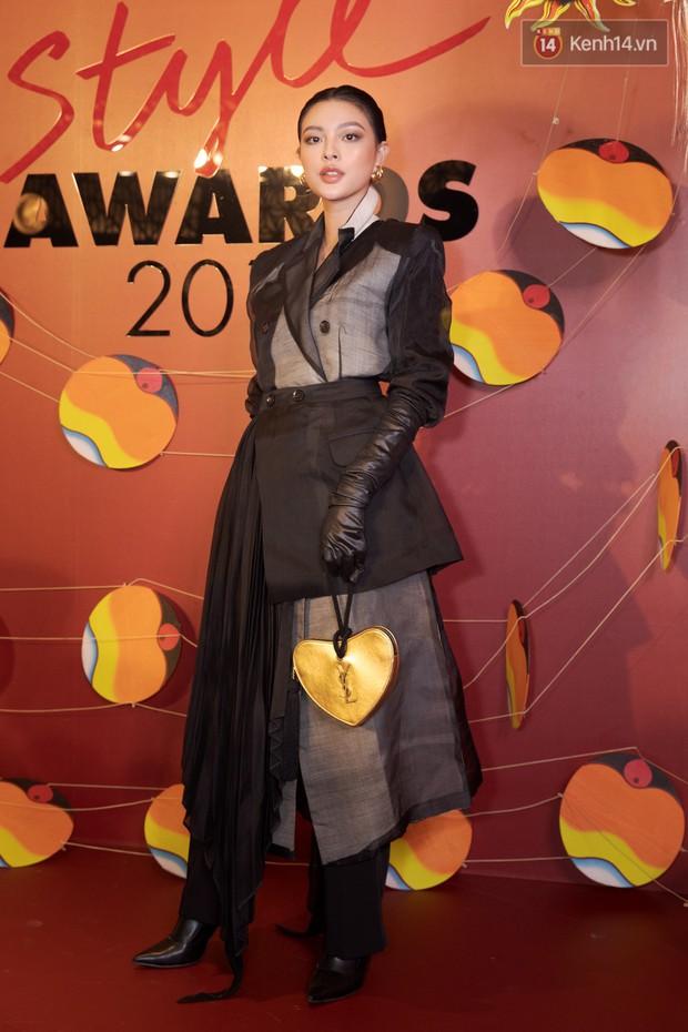 Thảm đỏ Elle Style Awards: chị đại Mỹ Tâm giản đơn giữa những đàn em chặt chém như Tiểu Vy, Jolie Nguyễn, Châu Bùi - Ảnh 11.