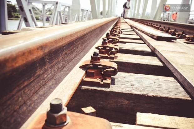 Cận cảnh cầu sắt Bình Lợi mới gần 500 tỉ đồng, sẵn sàng cho tàu hỏa Bắc - Nam chạy thử vào đầu tháng 9/2019 - Ảnh 6.