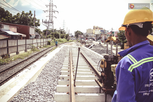 Cận cảnh cầu sắt Bình Lợi mới gần 500 tỉ đồng, sẵn sàng cho tàu hỏa Bắc - Nam chạy thử vào đầu tháng 9/2019 - Ảnh 16.
