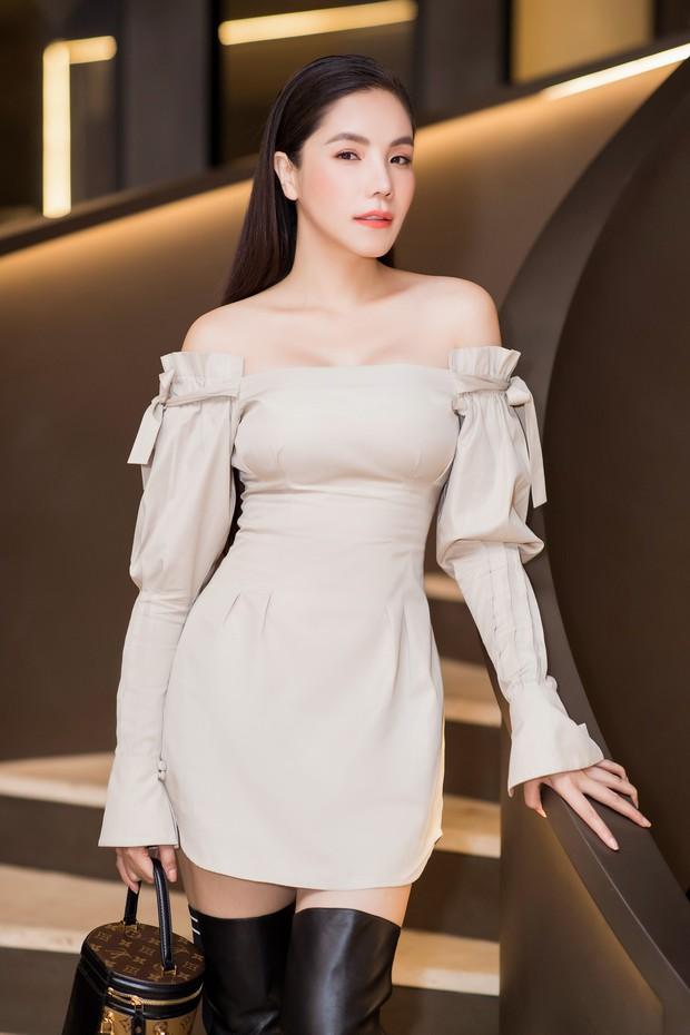 Diệp Lâm Anh khệ nệ bụng bầu ở tháng thứ 6 thai kỳ trong tiệc sinh nhật, Kỳ Duyên trễ nải cùng Minh Triệu đến chung vui - Ảnh 8.