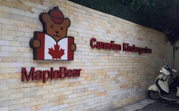 Sau vụ việc cô giáo nhốt trẻ vào tủ, cơ sở Maple Bear thông báo đóng cửa - Ảnh 1.