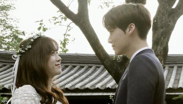 Thánh cosplay cuồng vợ Ahn Jae Hyun từng liên tục khoe mẽ tình cảm với Goo Hye Sun trên show thực tế - Ảnh 1.