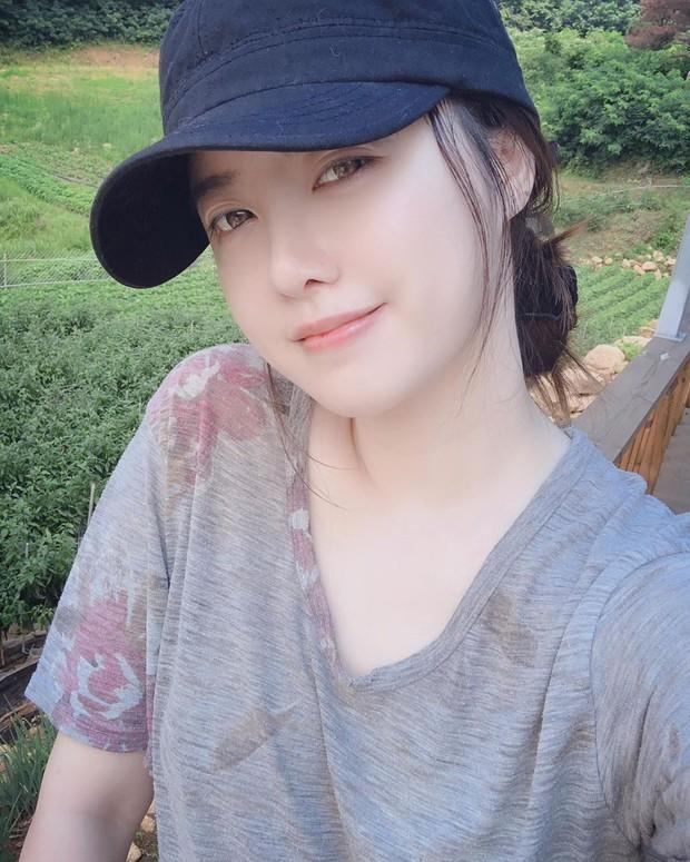 Giữa bão bùng ly hôn, bình tĩnh ngắm làn da đẹp từng milimet của Goo Hye Sun cùng 5 bí kíp skincare cô áp dụng - Ảnh 3.