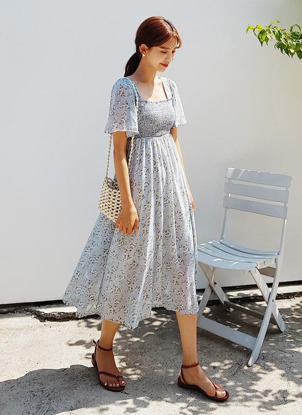 Ngắm Hà Tăng và Miranda Kerr xinh lịm tim trong mẫu váy này, bạn sẽ muốn bổ sung thêm vài chiếc cho tủ đồ thu - Ảnh 5.