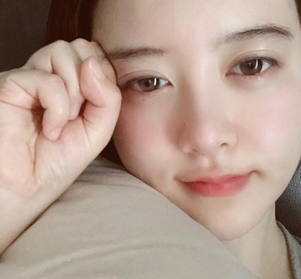 Giữa bão bùng ly hôn, bình tĩnh ngắm làn da đẹp từng milimet của Goo Hye Sun cùng 5 bí kíp skincare cô áp dụng - Ảnh 5.