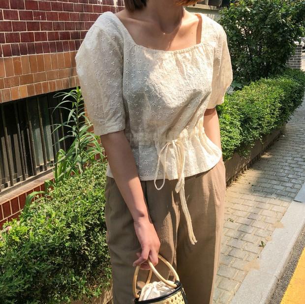 Hoa hậu Thu Thảo đích thị là tín đồ của áo blouse và bạn sẽ không phải hối hận nếu học cô sắm 5 kiểu sau - Ảnh 10.