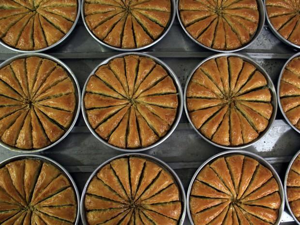 Chuyên trang Mỹ công bố 50 món ăn dù có phải bay vạn dặm cũng nên thử 1 lần trong đời, Việt Nam có 1 món được gọi tên! - Ảnh 14.