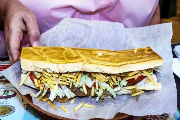 Chuyên trang Mỹ công bố 50 món ăn dù có phải bay vạn dặm cũng nên thử 1 lần trong đời, Việt Nam có 1 món được gọi tên! - Ảnh 25.