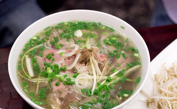 Chuyên trang Mỹ công bố 50 món ăn dù có phải bay vạn dặm cũng nên thử 1 lần trong đời, Việt Nam có 1 món được gọi tên! - Ảnh 45.