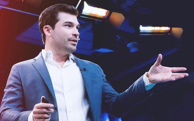 """Suýt trắng tay và phải gánh khoản nợ 250.000 USD, doanh nhân trẻ """"trở mình"""" thành CEO công ty triệu đô bằng việc cực đơn giản: Người thành công vẫn thường làm nhưng số đông bình thường lại e sợ - Ảnh 1."""