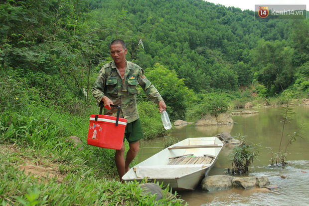 """Về vùng cao Bắc Giang nhìn người dân quanh năm vượt sông, lội suối để ra khỏi """"lũy tre làng"""" - Ảnh 17."""