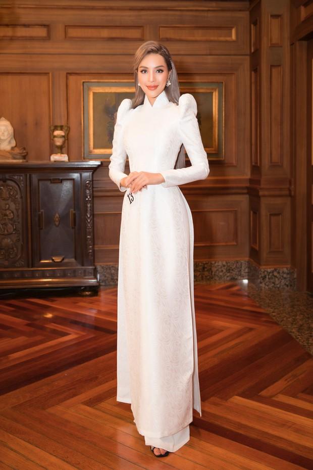 Khả Trang khoe sắc vóc chuẩn siêu mẫu tại Hàn, xuất sắc nhận được vinh dự mà nhiều mỹ nhân mơ ước - Ảnh 5.
