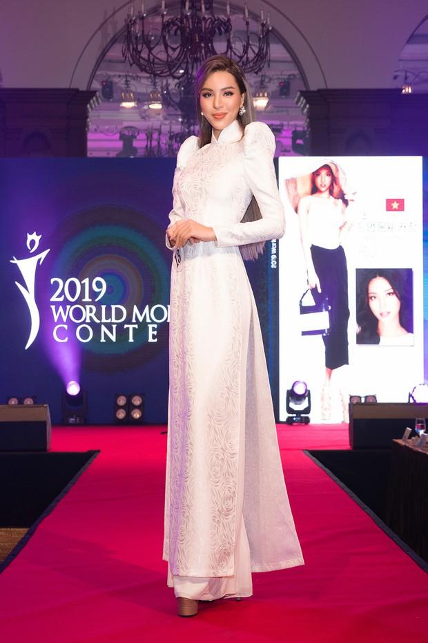 Khả Trang khoe sắc vóc chuẩn siêu mẫu tại Hàn, xuất sắc nhận được vinh dự mà nhiều mỹ nhân mơ ước - Ảnh 3.