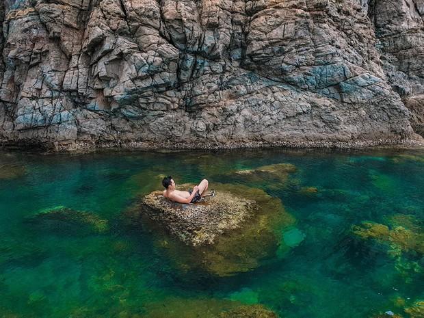 Đà Nẵng xuất hiện hồ bơi giữa biển đẹp y hệt nước ngoài, dân tình hớn hở rủ nhau đi sớm trước khi ai cũng biết chỗ này - Ảnh 5.