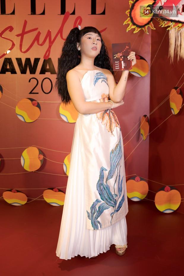 Thảm đỏ Elle Style Awards: chị đại Mỹ Tâm giản đơn giữa những đàn em chặt chém như Tiểu Vy, Jolie Nguyễn, Châu Bùi - Ảnh 21.