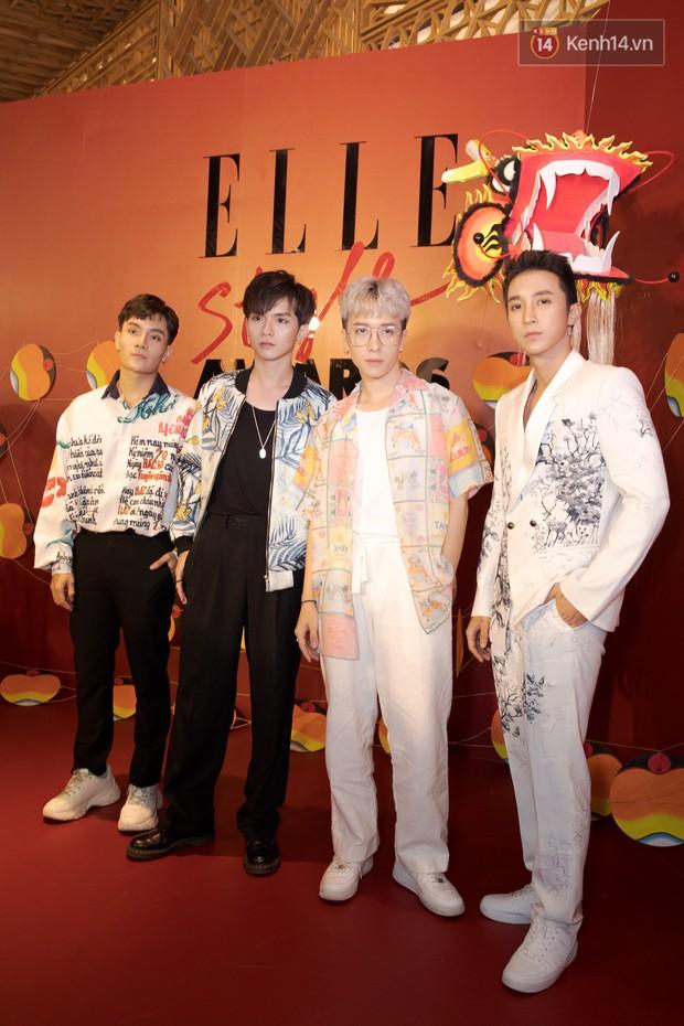 Thảm đỏ Elle Style Awards: chị đại Mỹ Tâm giản đơn giữa những đàn em chặt chém như Tiểu Vy, Jolie Nguyễn, Châu Bùi - Ảnh 28.