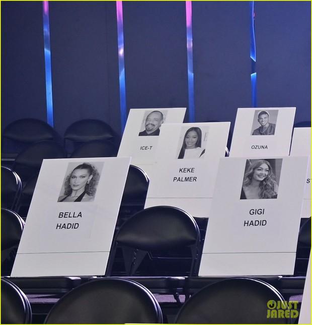 """Lộ vị trí chỗ ngồi VMAs 2019: Taylor Swift thoát kiếp """"bóng đèn"""" cho đôi Shawn – Camila, toại nguyện tình yêu với Cardi B - Ảnh 5."""