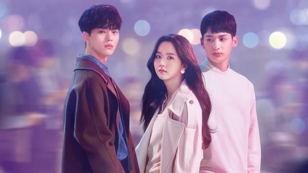 Love Alarm: Nội dung lãng mạn dễ cưng nhưng đây có phải sự lựa chọn quá an toàn đối với Kim So Hyun? - Ảnh 1.