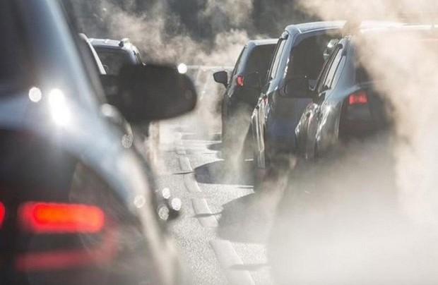 Nghiên cứu đáng lo ngại: Lớn lên trong môi trường ô nhiễm không khí có nguy cơ cao mắc bệnh tâm thần sau này - Ảnh 2.
