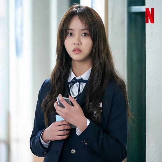 Xem Love Alarm chỉ muốn chui vào màn hình hỏi Kim So Hyun ăn gì mà cưng muốn xỉu! - Ảnh 2.